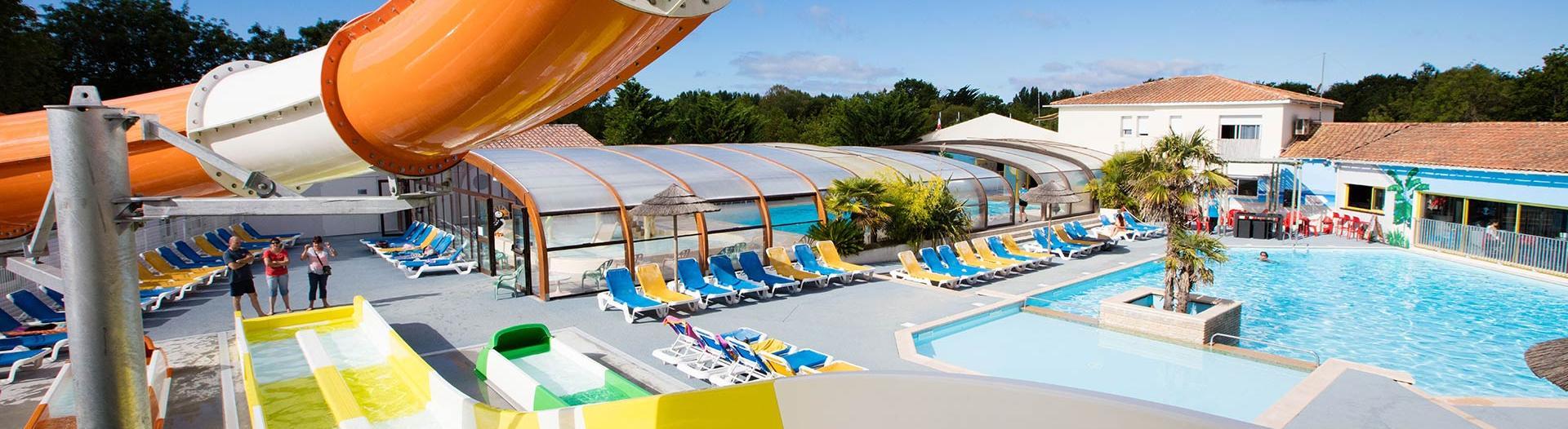slider-piscine-et-toboggans-oleron-loisirs