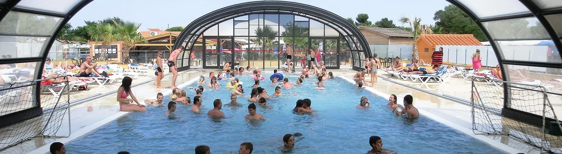 slider-soleil-mediterranee-piscine-couverte