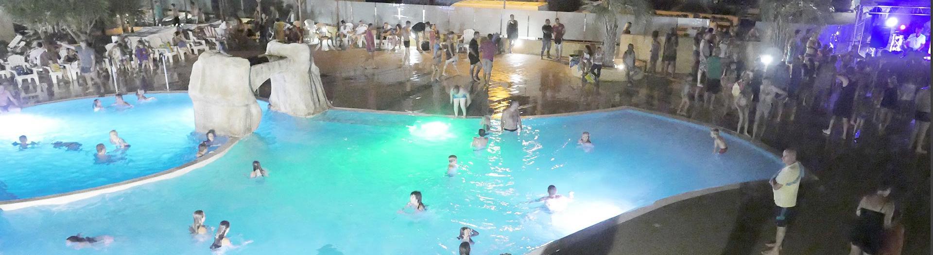 slider-soleil-mediterranee-soiree-piscine