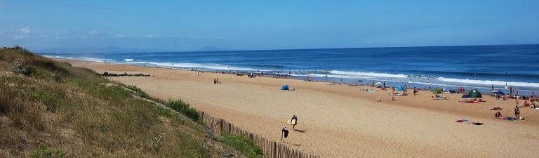 slider-camping-blue-ocean-plage