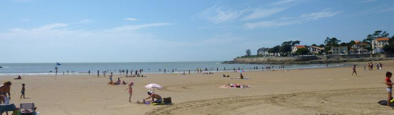 camping-les-charmettes-plage-slider