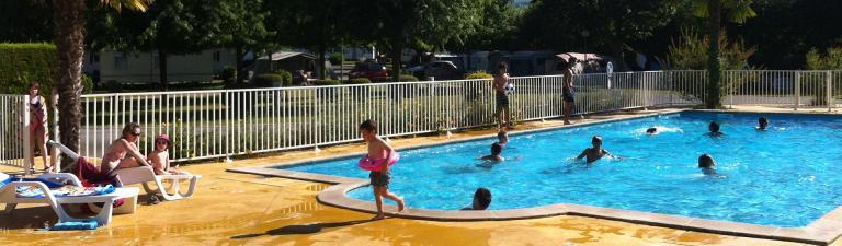 slider-camping-europcamping-saint-jean-pied-de-port-piscine