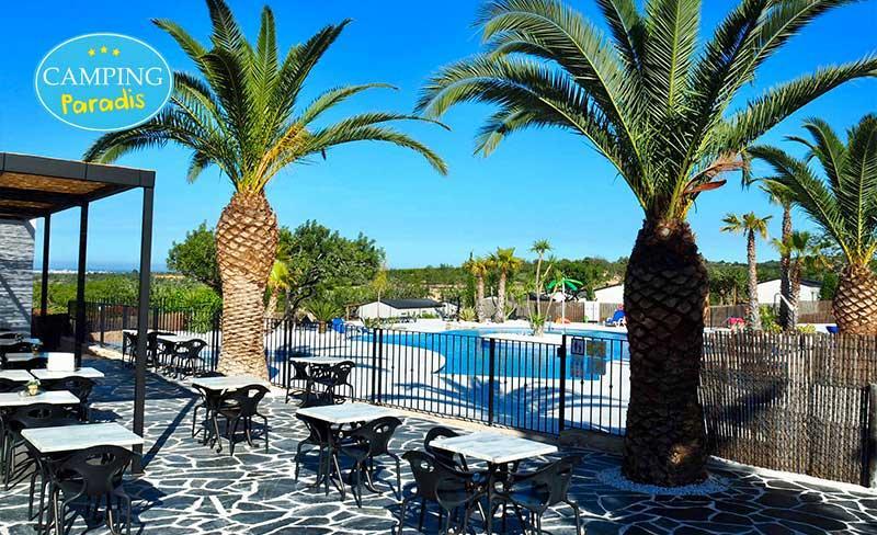 01-Orangeraie-piscine-terrasse+LogoCP.jpg