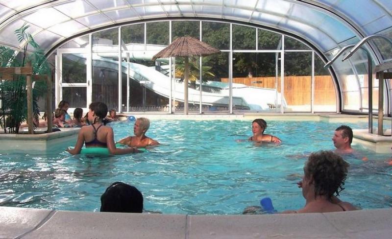 04-charmilles-piscine-couverte.jpg