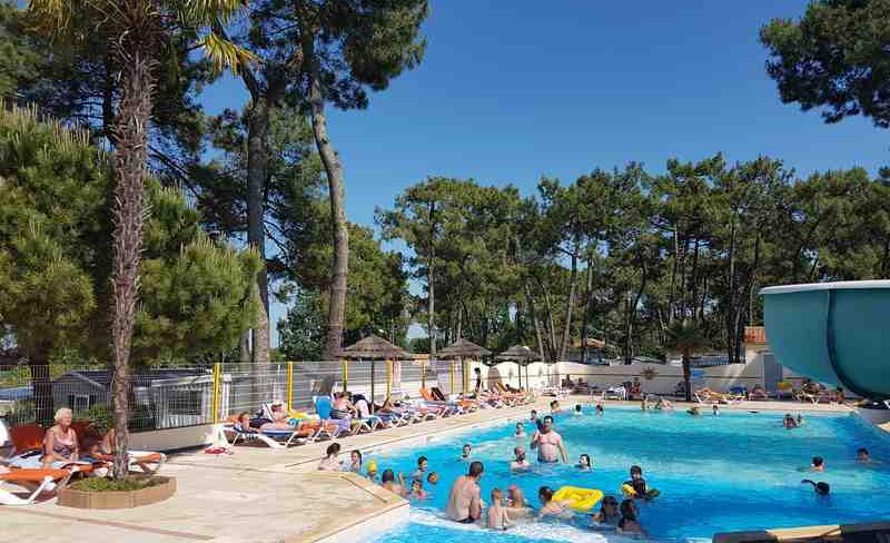 05-siesta-piscine-exterieure.jpg