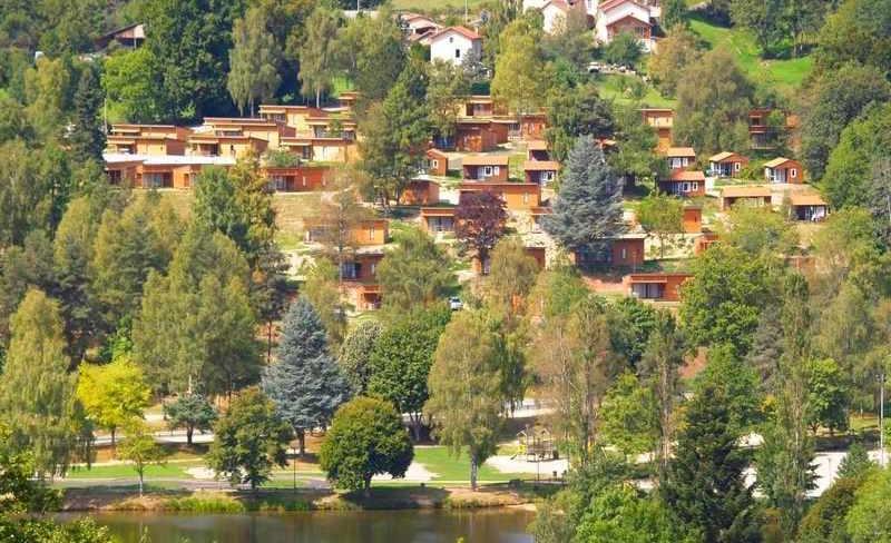 06-demeures-du-lac-lac-vue-site.jpg
