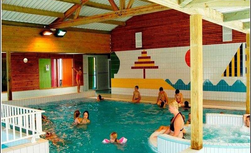 12-patisseau-piscine-interieure.JPG