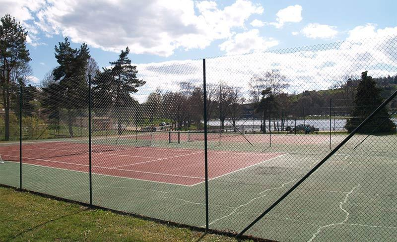 13-Demeures-du-Lac-Tennis.jpg