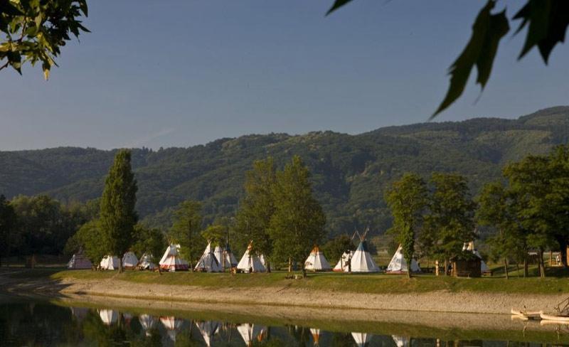 27-camp-tepee-slovenie-terme-catez.jpg