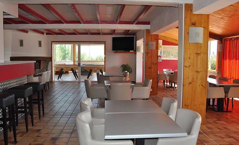 30-Midi-pyrenees-restaurant.jpg