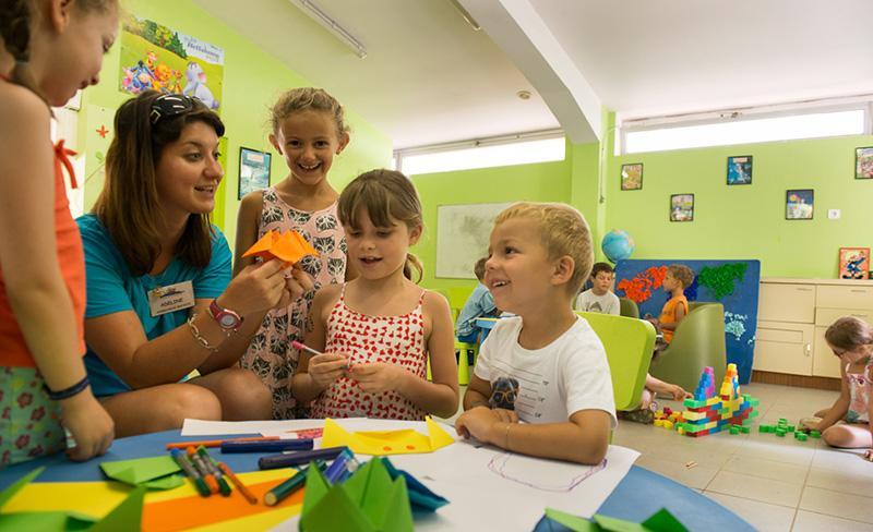 Abri-de-Camargue-services-club-enfants