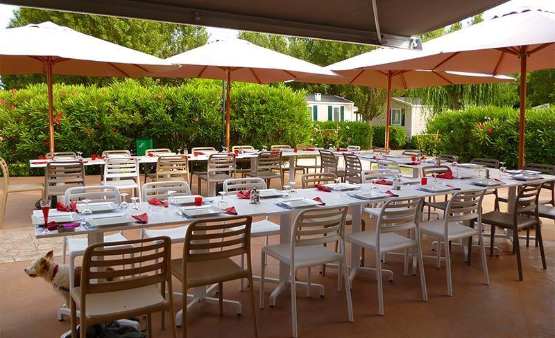 Amarines-Terrasse-Restaurant-01.jpg