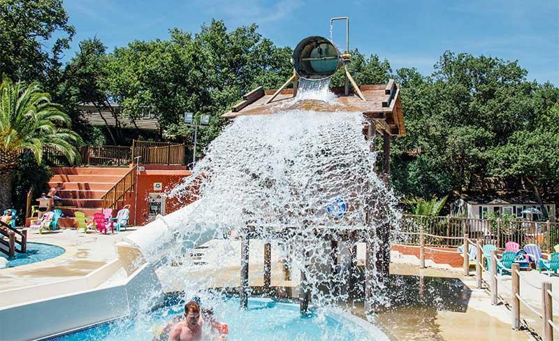 Bois-Fleuri-piscine-1.jpg