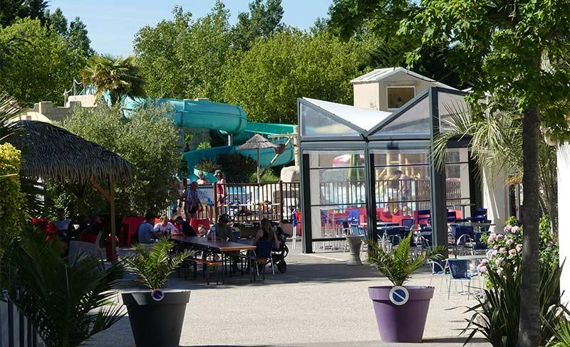 Bois-Soleil-Bar-Terrasse-03.jpg