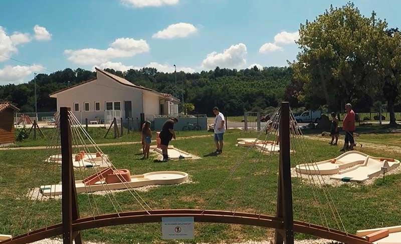 Camping-Paradis-Rives-de-l'Adour-ss-logo-09.jpg
