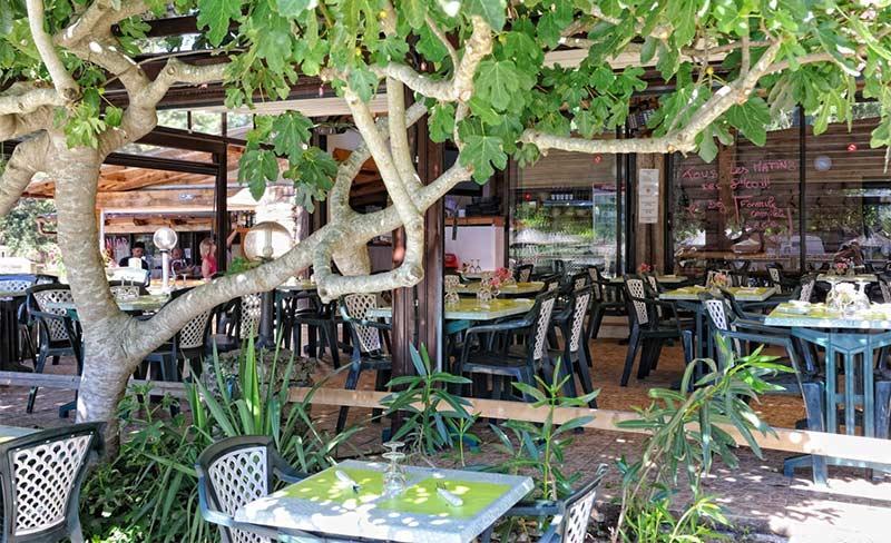 Campo-di-Liccia-Terrasse-restaurant-02.jpg