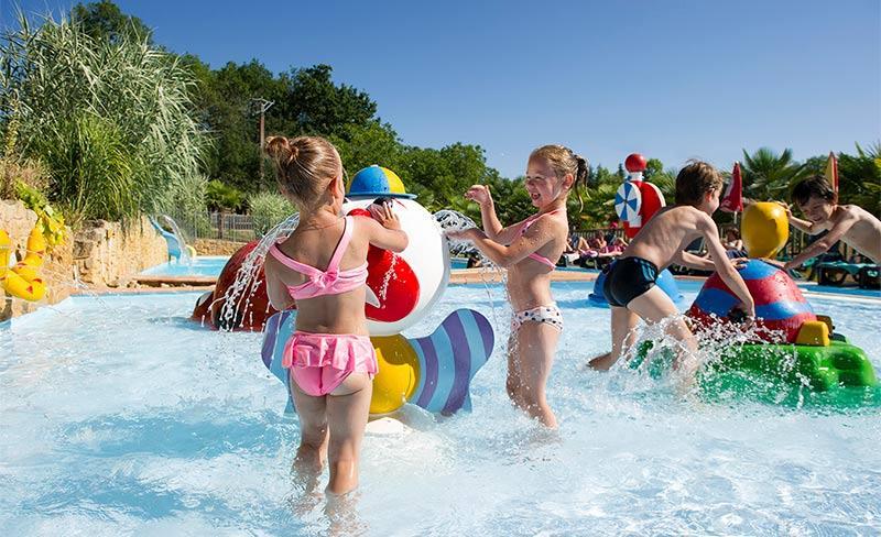 Linotte-enfants-jeux-d'eau.jpg