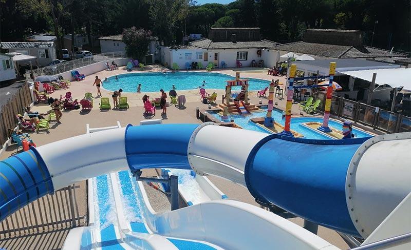 Maiana-piscine-toboggan.jpg