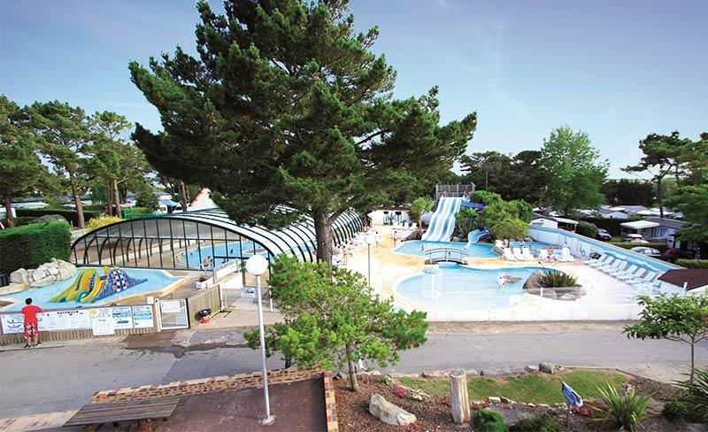 Moteno-piscine-extérieure.jpg