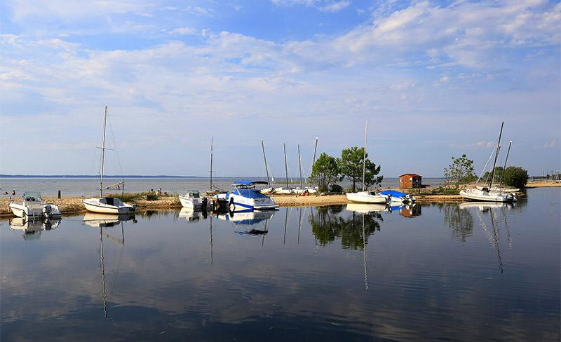 Navarrosse-Lac-bateaux-02.jpg