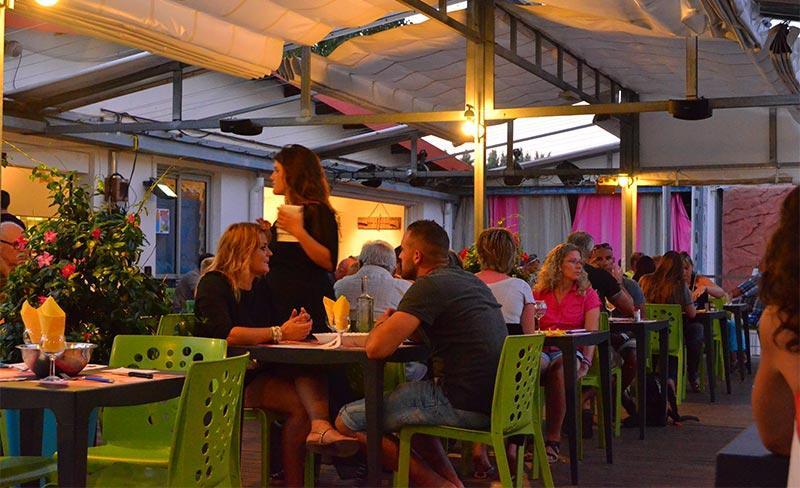 Oasis-palavasienne-Bar-restaurant-01.jpg