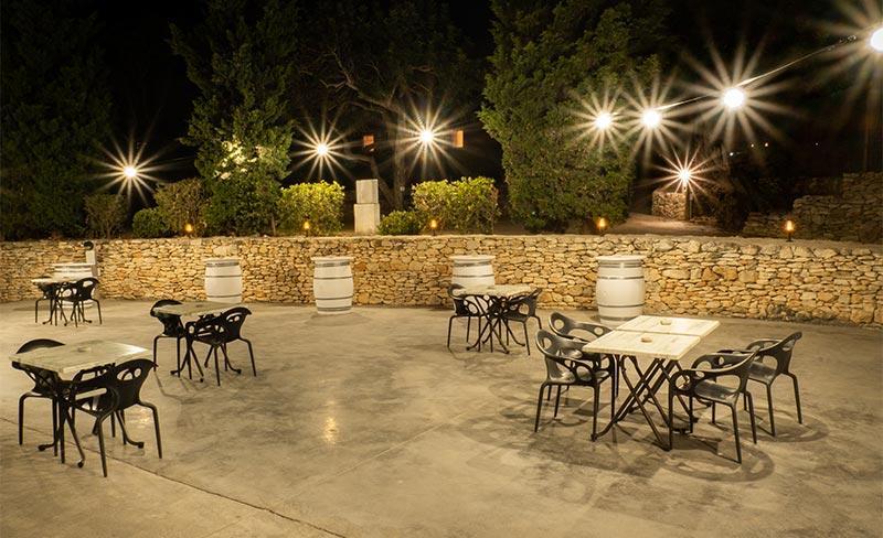 Orangeraie-Terrasse-bar-nocturne.jpg