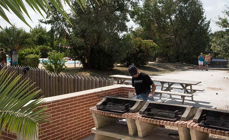 Pins-Soulac-Barbecue-01.jpg