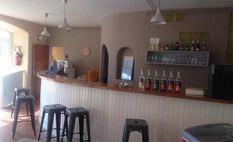 Saint-Hubert-Bar.jpg