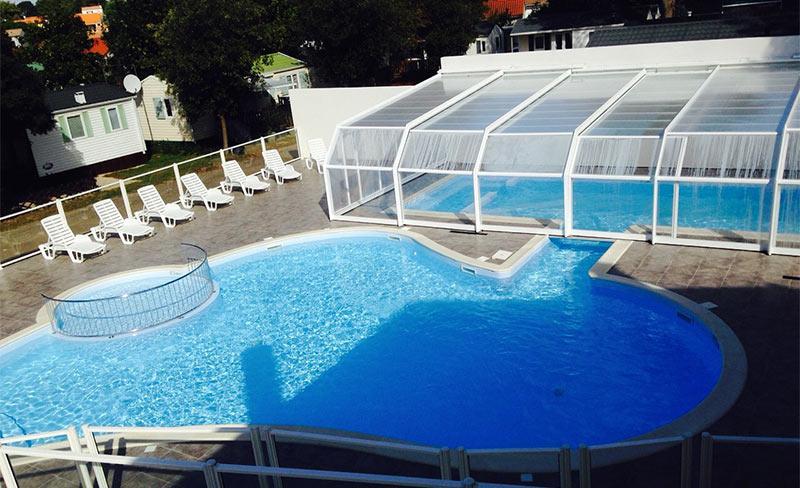 Saint-Hubert-piscine-01.jpg