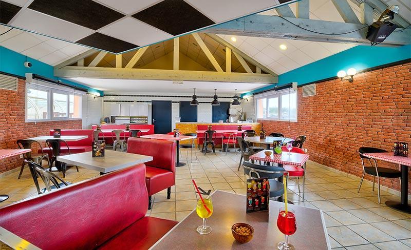 Utah-Beach-Bar-restaurant-01.jpg