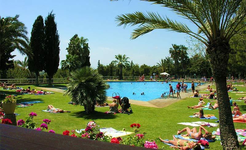 Villanova-Park-piscine-05.jpg