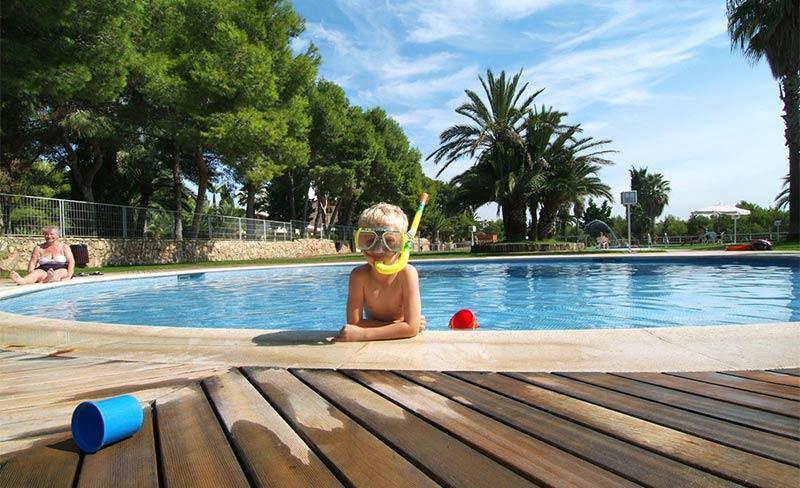 Villanova-Park-piscine-07.jpg