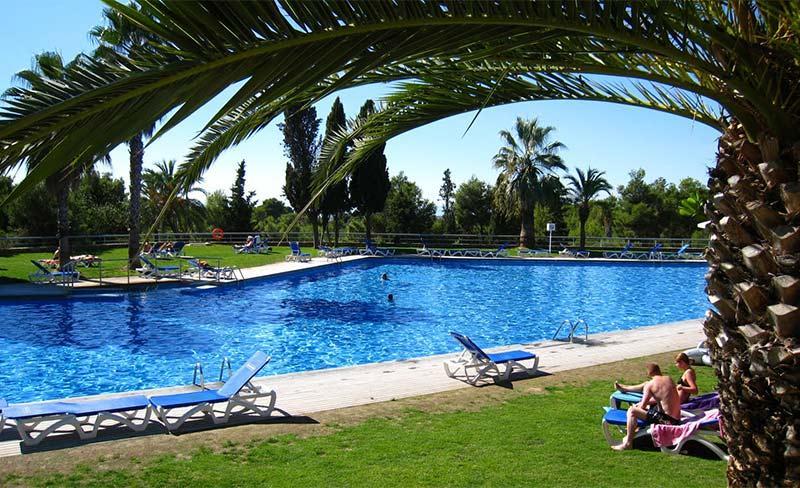 Villanova-Park-piscine-09.jpg