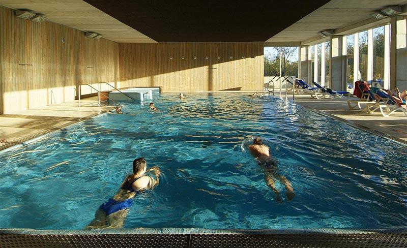 Villanova-Park-piscine-couverte-01.jpg