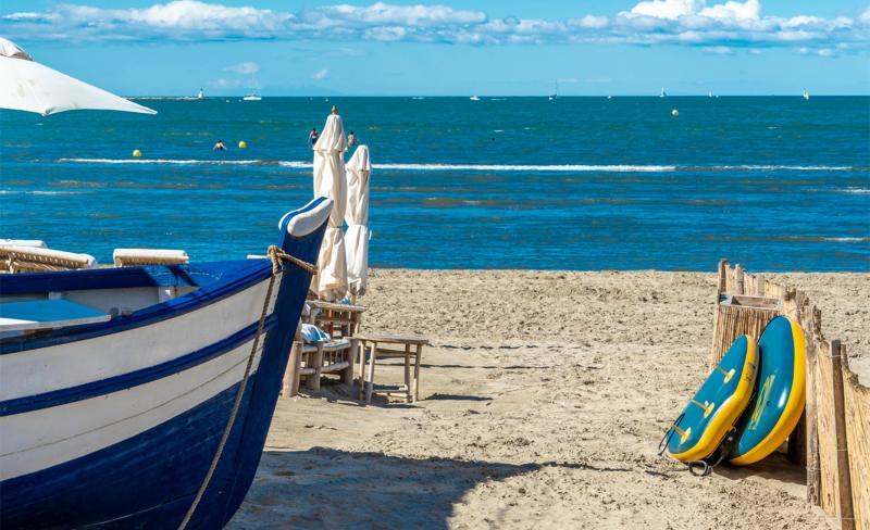 abri-de-camargue-02-09-2020-dsc1181-bateau-plage-grau-du-roi.jpg