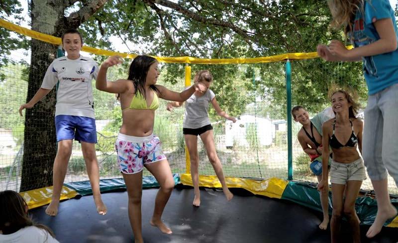 acacias du medoc jeux enfants