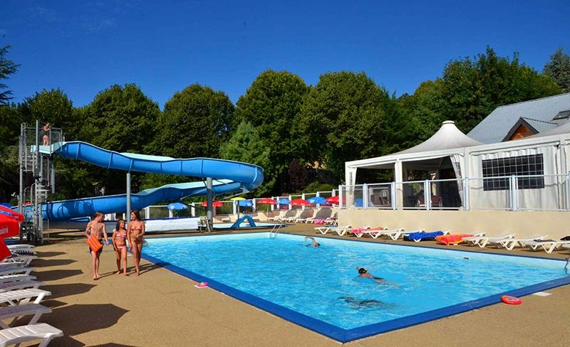 camping-Europe-Murol-toboggan-aquatique