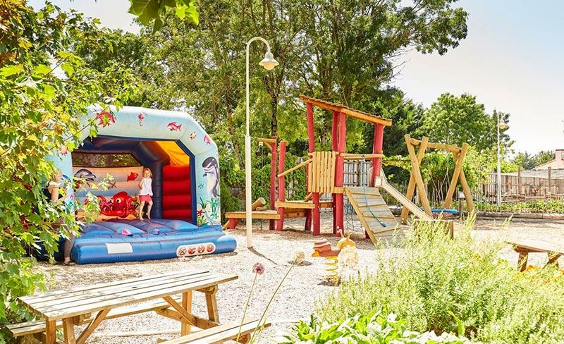 camping-Grand-Metairie-aire-de-jeux-2019