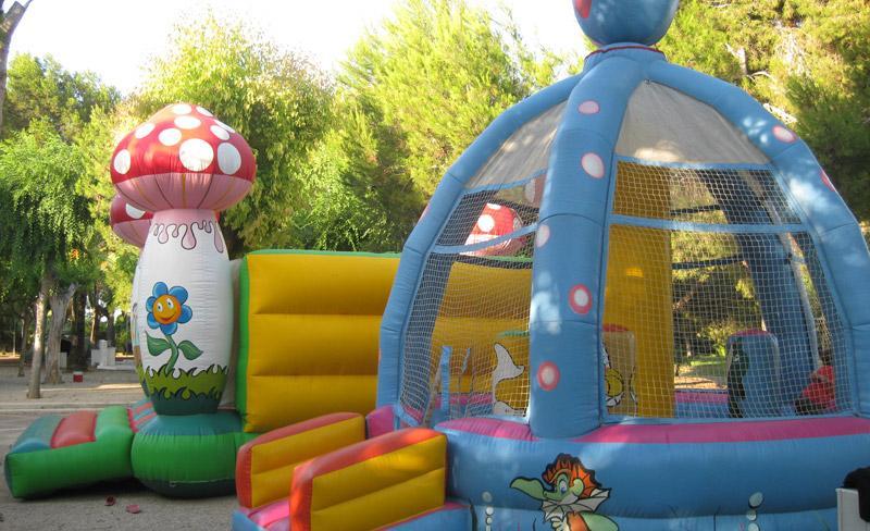 camping-alqueria-jeux-gonflables
