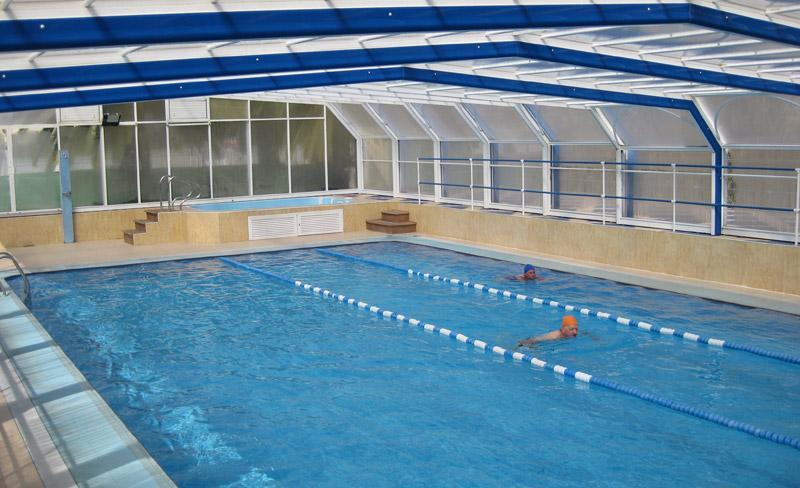 camping-alqueria-piscine-couverte