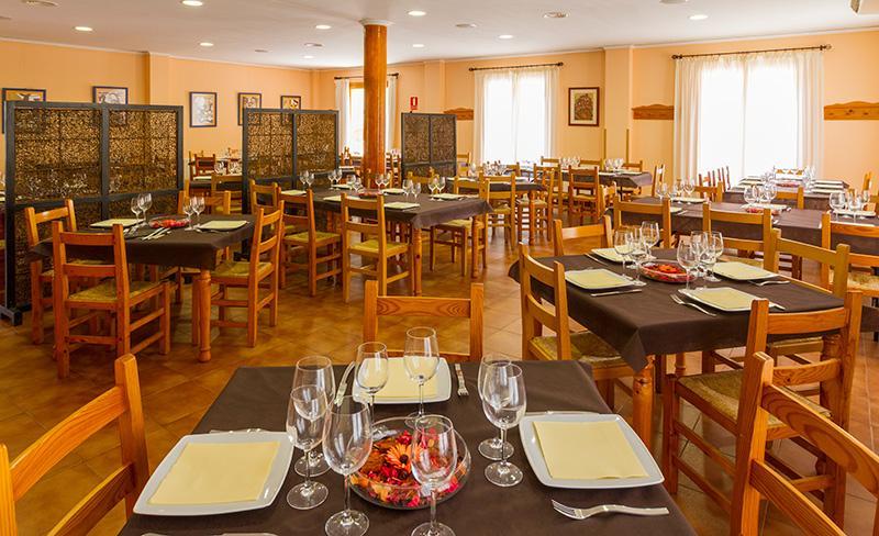 camping-altomira-services-restaurant-2017