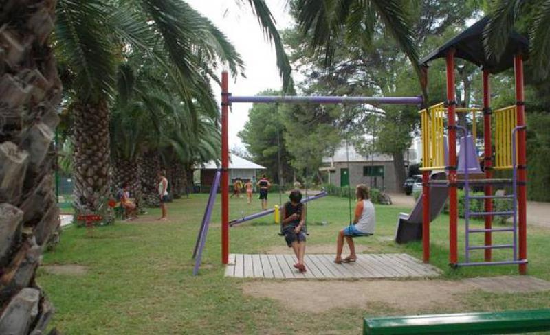 camping-amfora-darcs-jeux