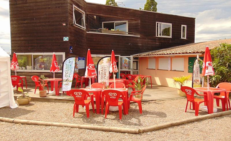camping-beauchene-services-bar