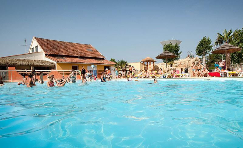 camping-bel-air-aiguillon-sur-mer-vendee-piscine