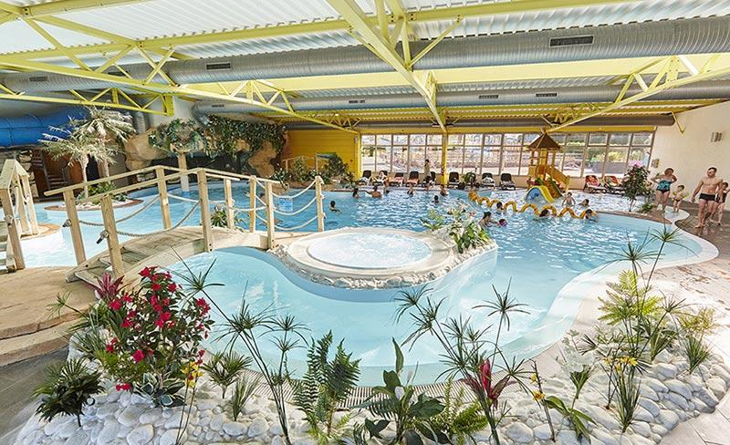 camping-bel-air-olonne-piscine-couverte
