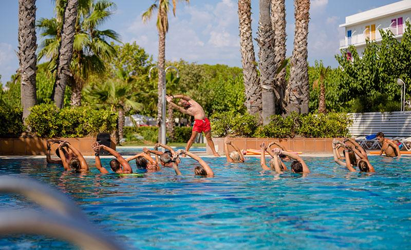 camping-bellsol-pineda-del-mar-aquagym