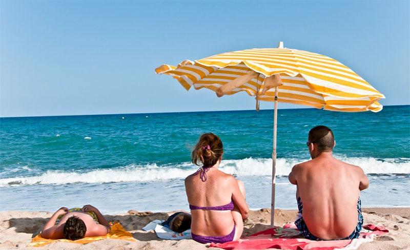 camping-bellsol-pineda-del-mar-plage