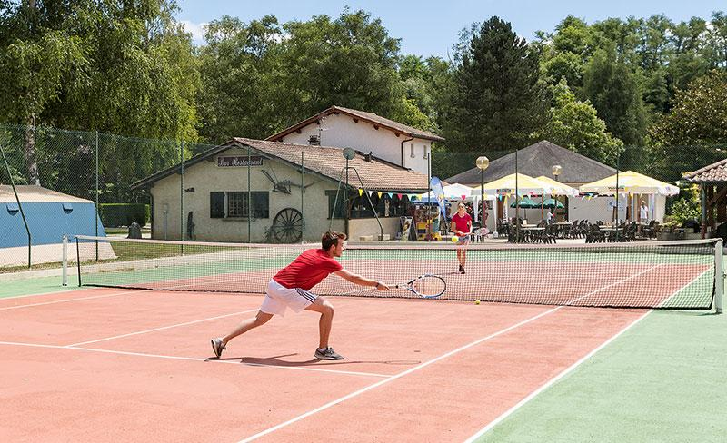 camping-bontemps-vernioz-loisir-tennis