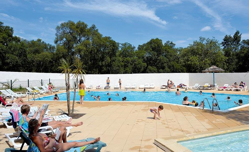 camping-chenes-rouges-piscine-2019