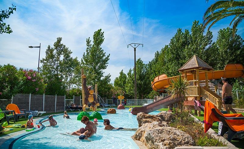 camping-clos-virgile-herault-jeux-pataugeoire-2019
